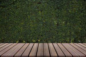 Drewniany taras na gruncie – Jak wykonać ? budowa krok po kroku