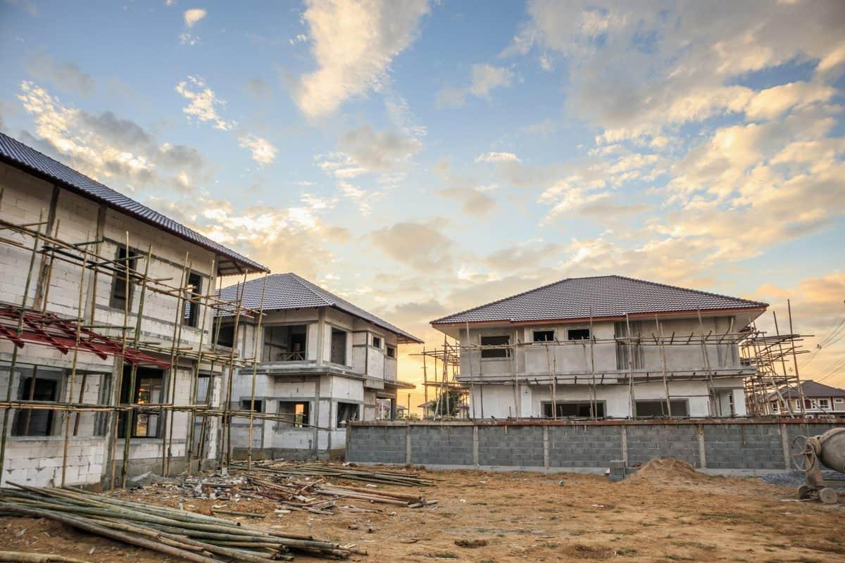Etapy budowy domu – harmonogram krok po kroku