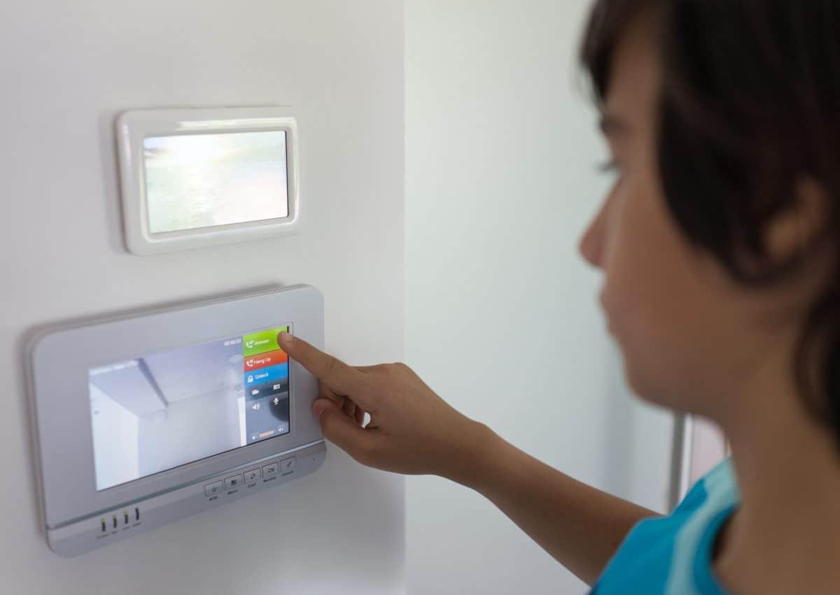 Bezpieczeństwo domu jednorodzinnego, jaki alarm wybrać?