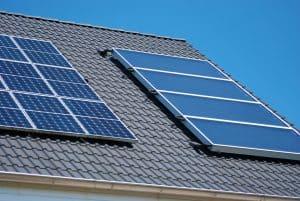 Kolektory słoneczne – rodzaje, zasada działania i koszty.