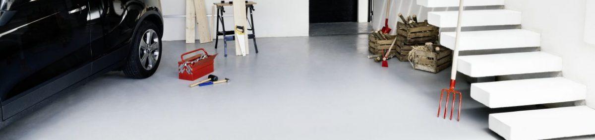 Farba do malowania podłogi w garażu. Fot. V33