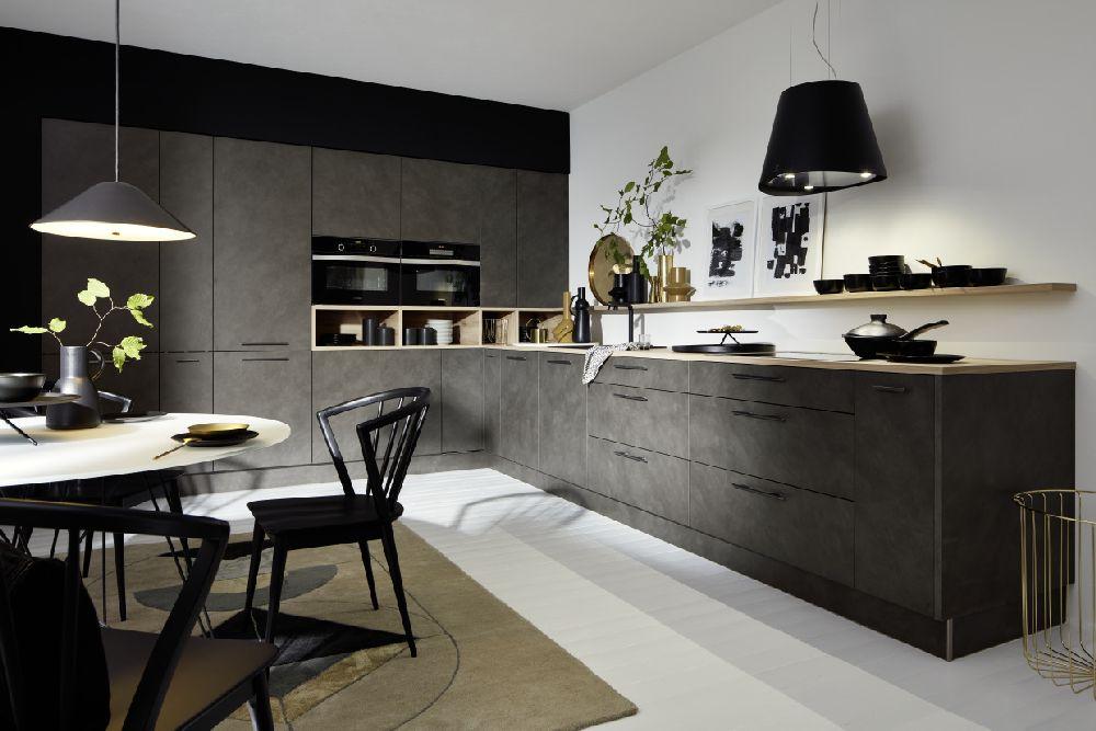 Kuchnia w czerni. Galeria Wnętrz DOMAR