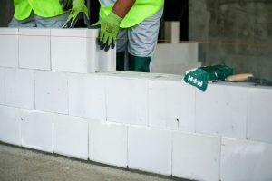 Ściany z bloczków silikatowych. Fot. H+H