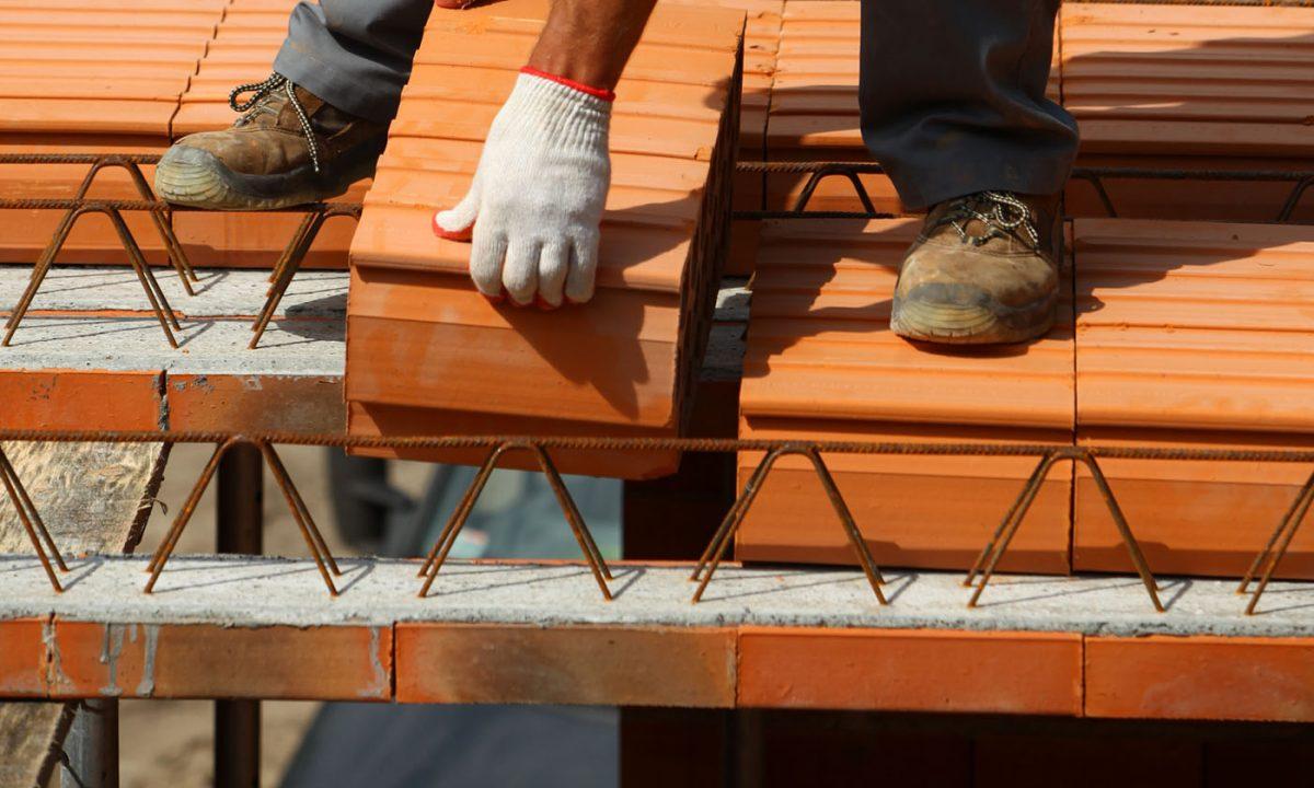 Strop ceramiczny gęstożebrowy Porotherm - łatwy montaż, wysoka trwałość